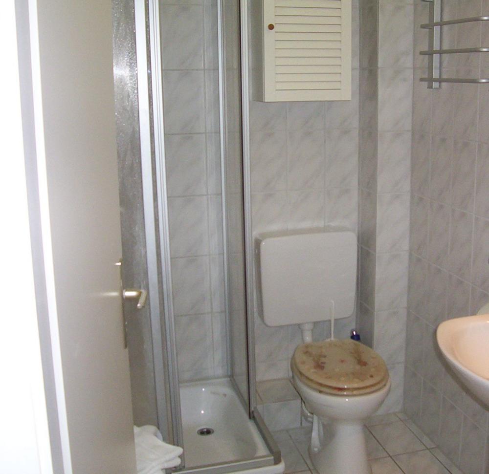 appartement 3. Black Bedroom Furniture Sets. Home Design Ideas